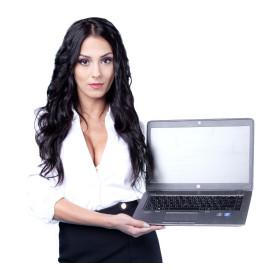 HP 840 G3 i5-6300U 8GB 256GB SSD QHD KAM BT W10P