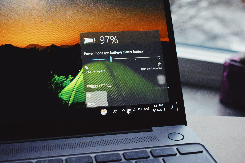 Jak zwiększyć wydajność baterii w laptopie?